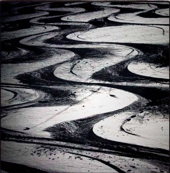 Ski-Tracks-B-W