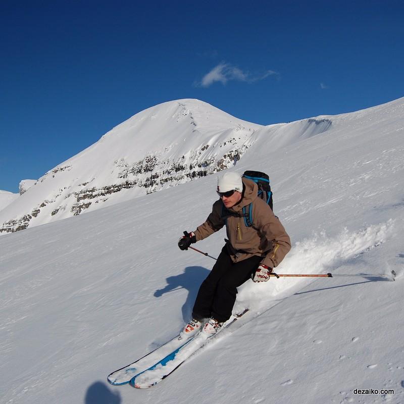 dezaiko_winter_martin_skiing
